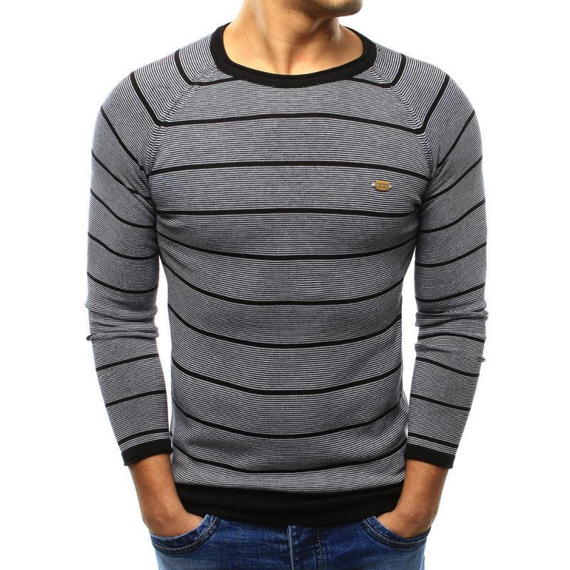 47975ad1e6c7 Pohodlný pánsky sveter vo farbe čiernej