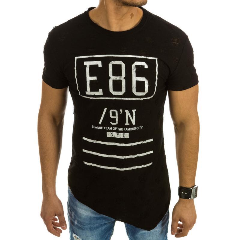 f539be23b Pánská stylové tričko asymetrický vzor s potlačou čierne | manSTYLE.sk